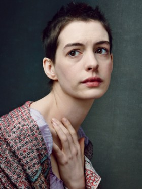 anne-hathaway-les-miserables-photo-300-400